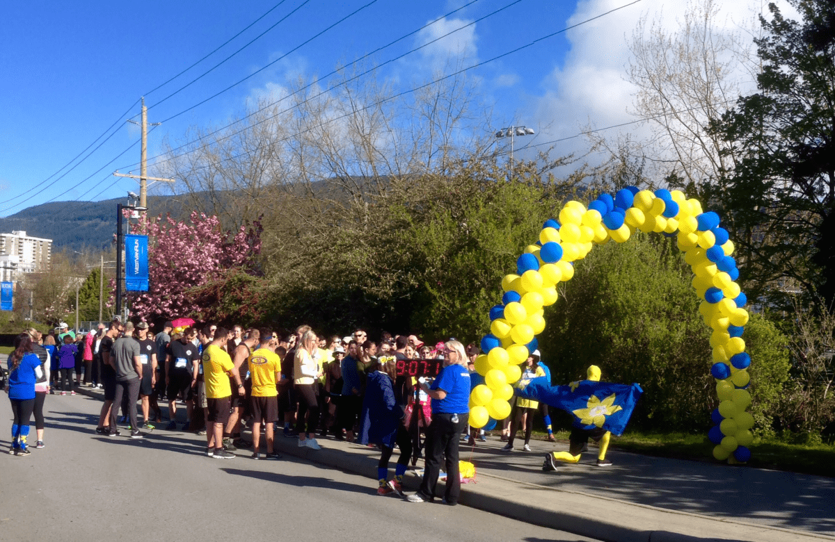 Daffodil Dash starting line